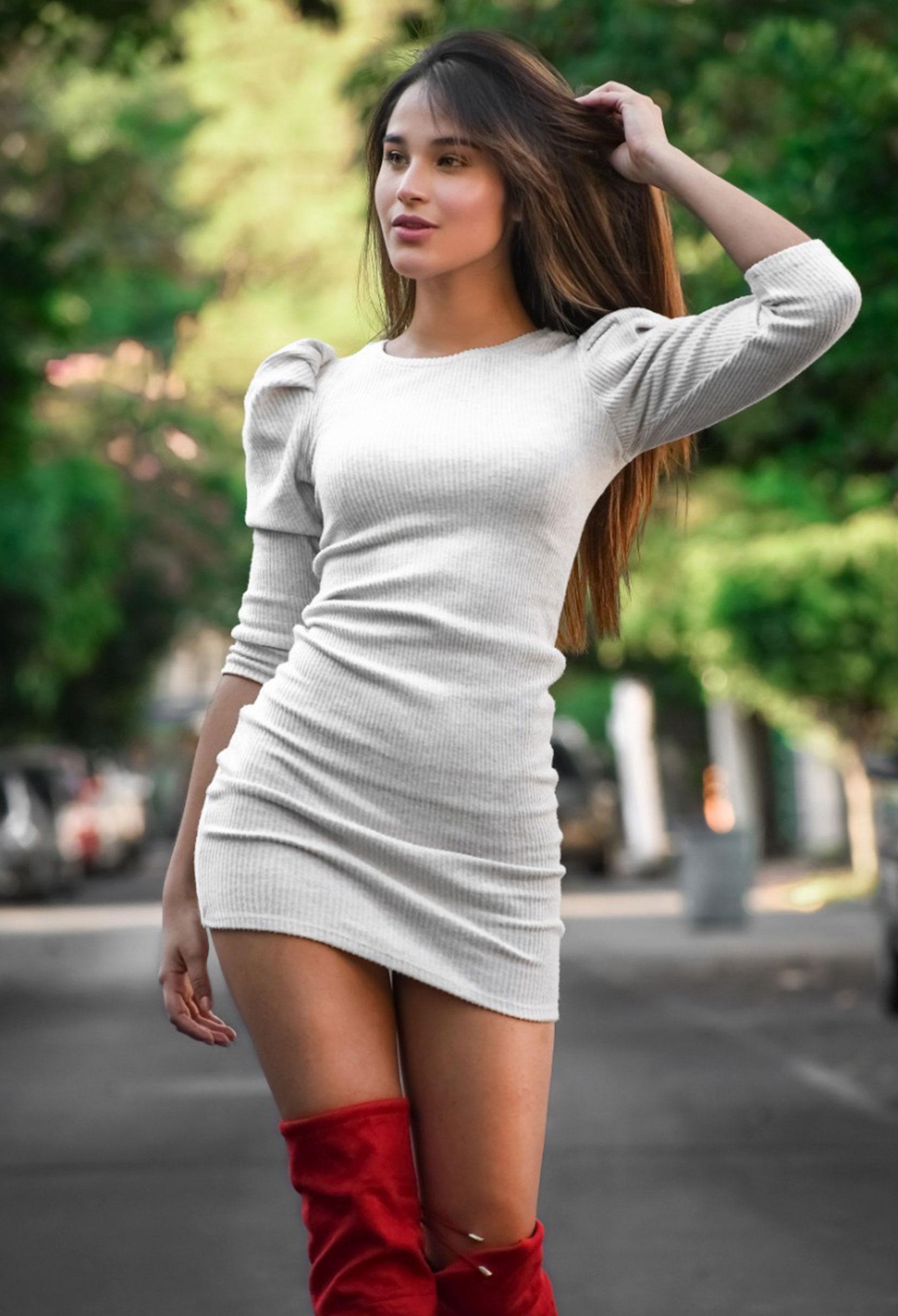 Oriana modelo TB Cosmotalent