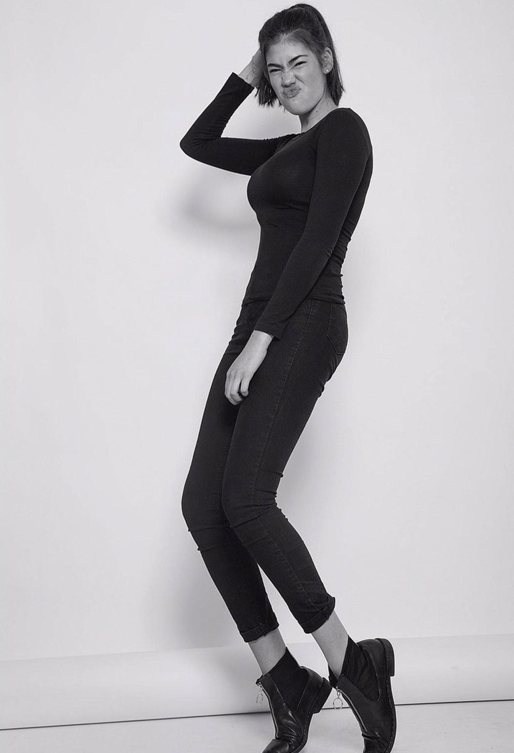 Romina modelo TB Cosmotalent