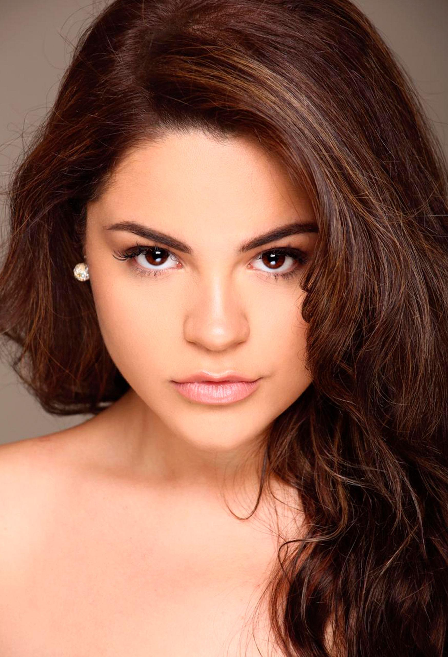 Valeria modelo TB Cosmotalent